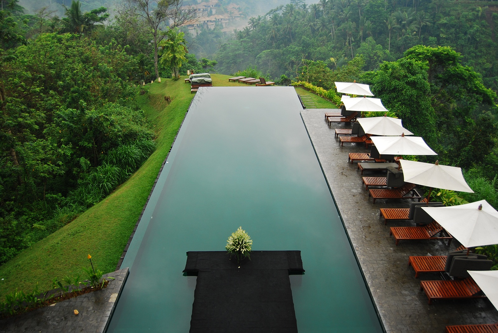 Une piscine à Bali bali piscine 720x481