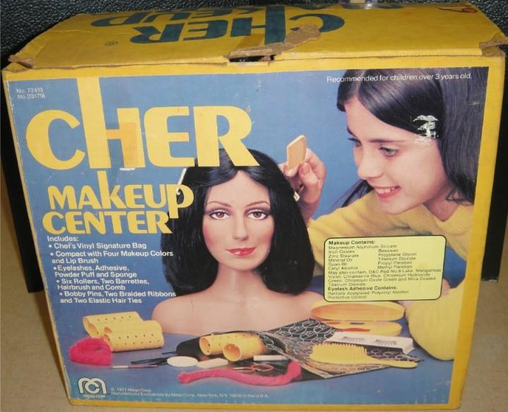 cher-kit-maquillage
