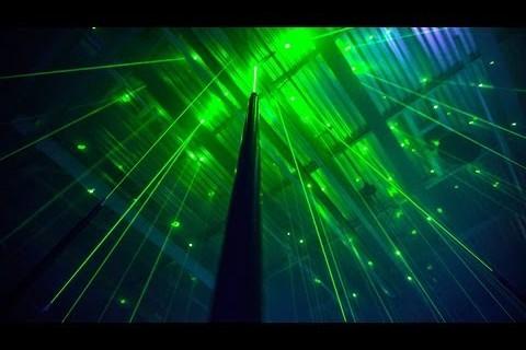Une fôret de laser