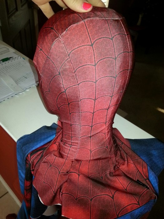 Comment-fabriquer-costume-spiderman-07