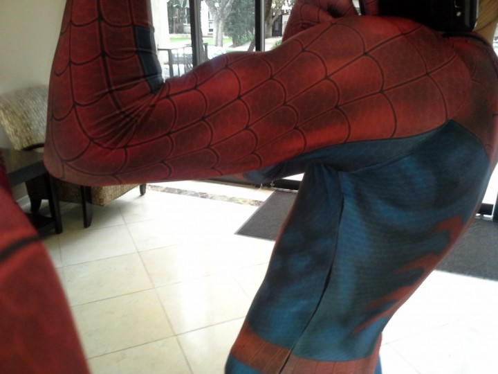 Comment fabriquer un costume de Spiderman Comment fabriquer costume spiderman 08 720x540