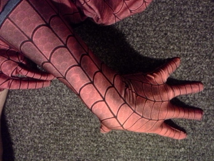 Comment-fabriquer-costume-spiderman-25