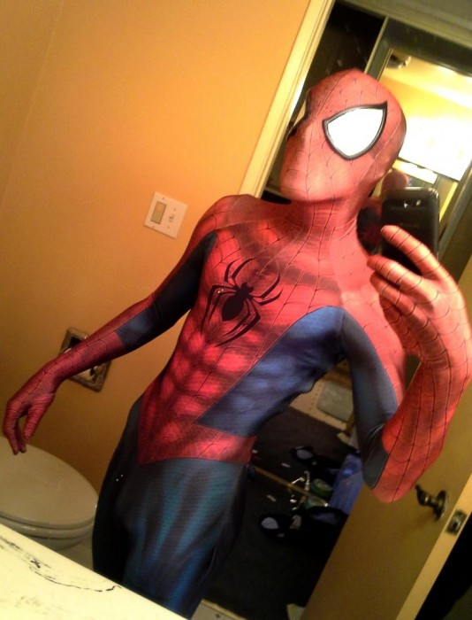 Comment-fabriquer-costume-spiderman-26