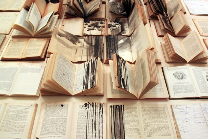 peinture livre 07 720x480 Des peintures sur des livres étalés peinture 2 bonus art