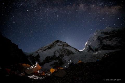 Un timelapse sur le Mont Everest