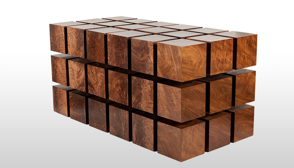 une table en cubes de bois magn tiques. Black Bedroom Furniture Sets. Home Design Ideas