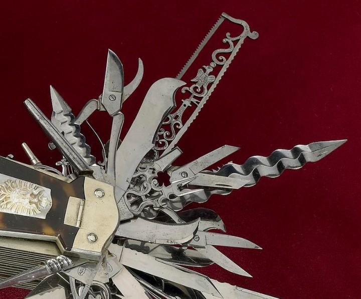 ancetre couteau suisse 06 720x597 Un ancêtre du Couteau Suisse  histoire divers bonus