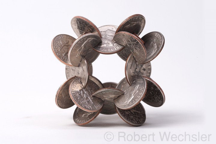 assemblage piece 01 720x480 Des assemblages géométriques de pièces  sculpture bonus art