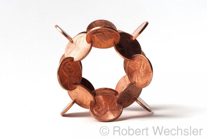 assemblage piece 05 720x480 Des assemblages géométriques de pièces  sculpture bonus art