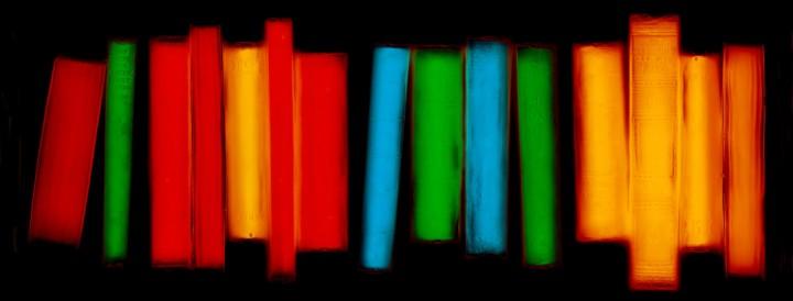 livre resine 02 720x274 Les livres multicolores de Penelope Davis  photographie bonus art