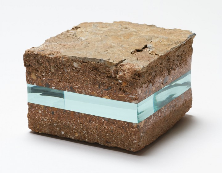 verre rock livre 02 720x561 Des tranches de verre  divers bonus art