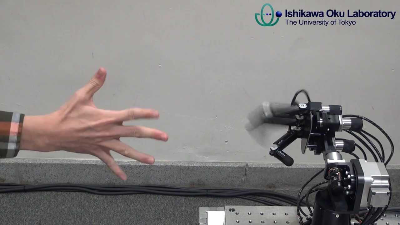 Pierre-feuille-ciseaux, les robots et les ordinateurs