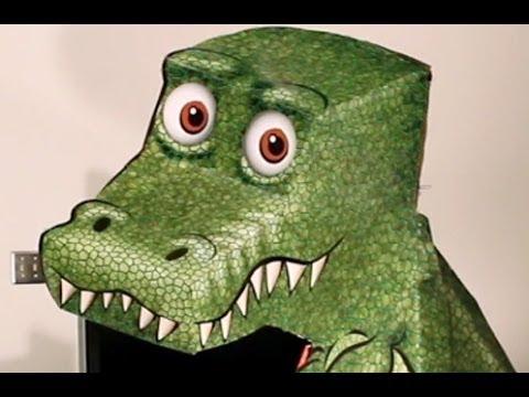 Ce T-Rex te regarde