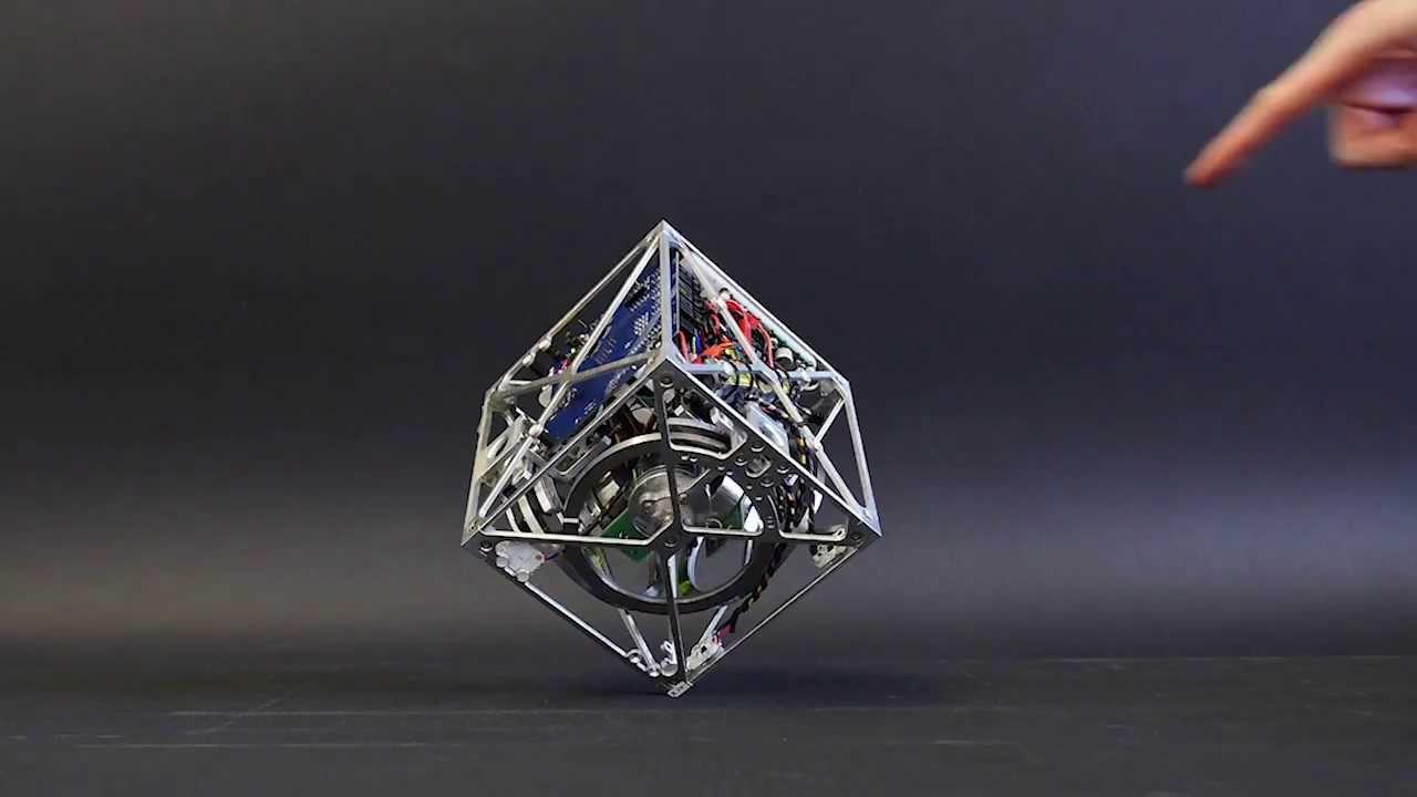 Cubli, un robot cube qui balance