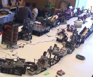 Une machine en Lego qui bouge des billes