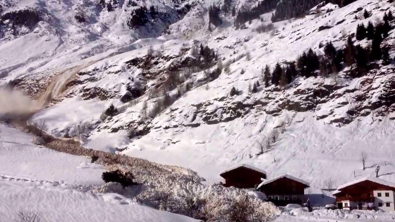 Une grosse avalanche en Italie