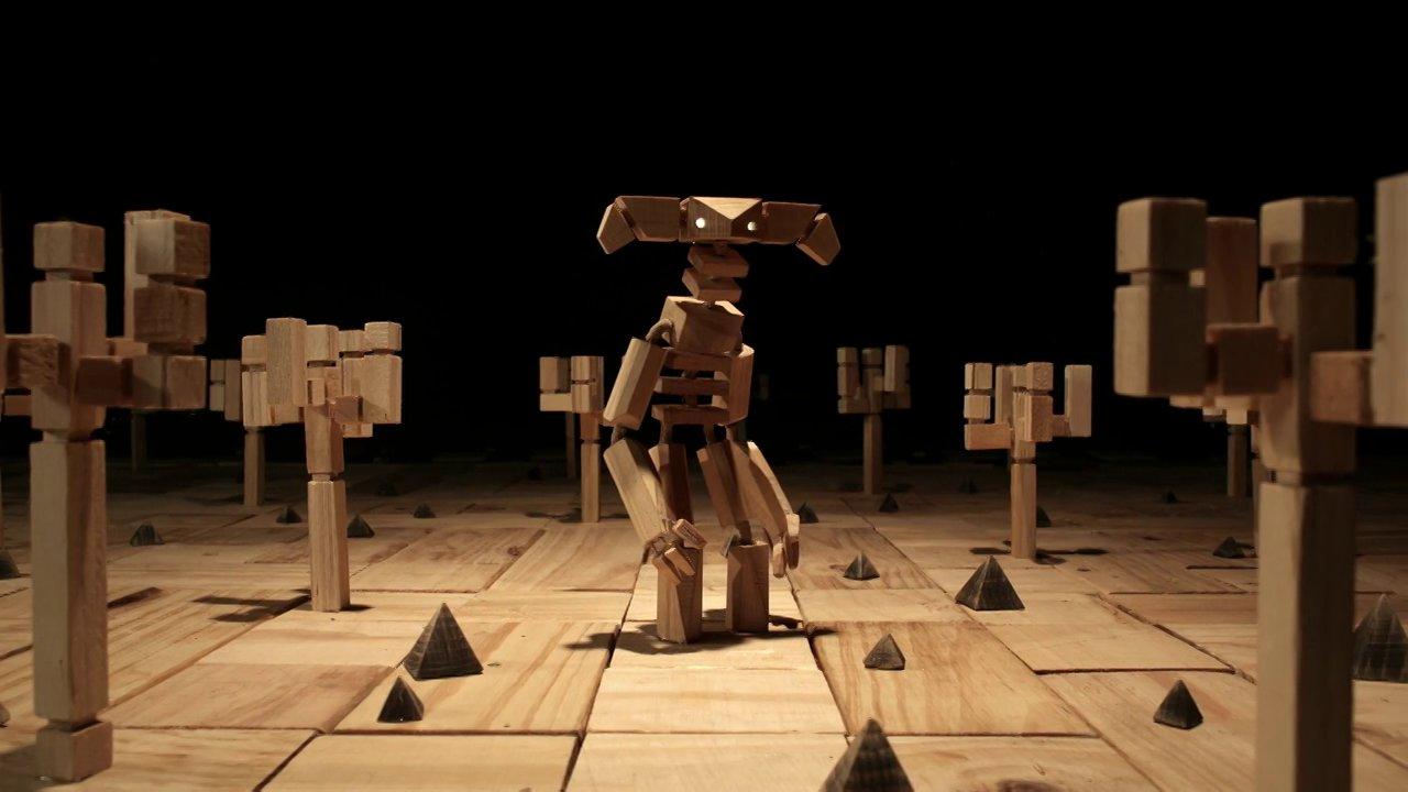 Colourblind, une animation en cube de bois