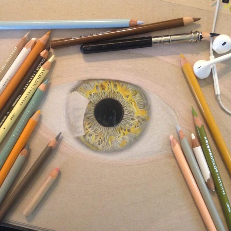 Des Dessins Hyperrealistes D Oeils Au Crayon