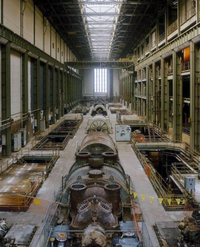 Myst re 103 ancienne salle des turbines l 39 emplacement for Architecture moderne londres