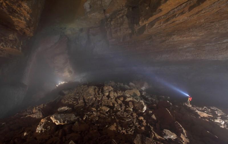 Robbie Shone, un photographe spéléologue photographe grotte 05 800x507