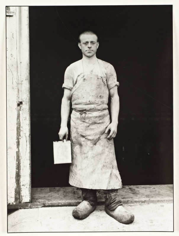 Varnisher c. 1930, printed 1990 by August Sander 1876-1964