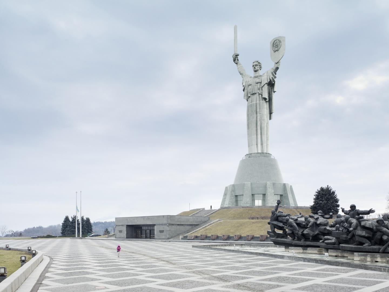 statue-colosse-01