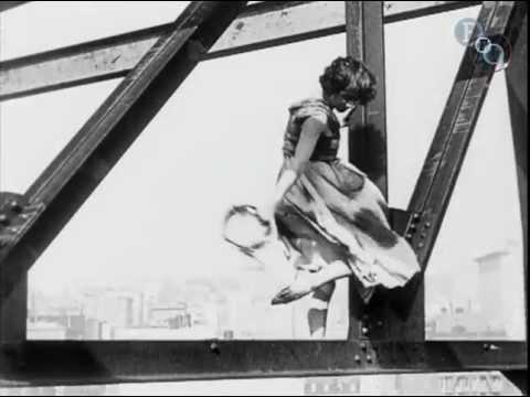 Une danse sur un building en 1921
