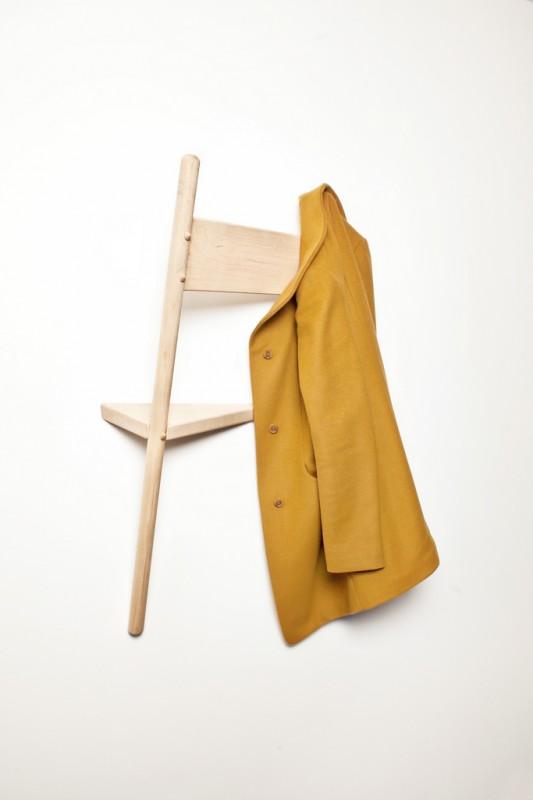 chaise-porte-manteaux-02
