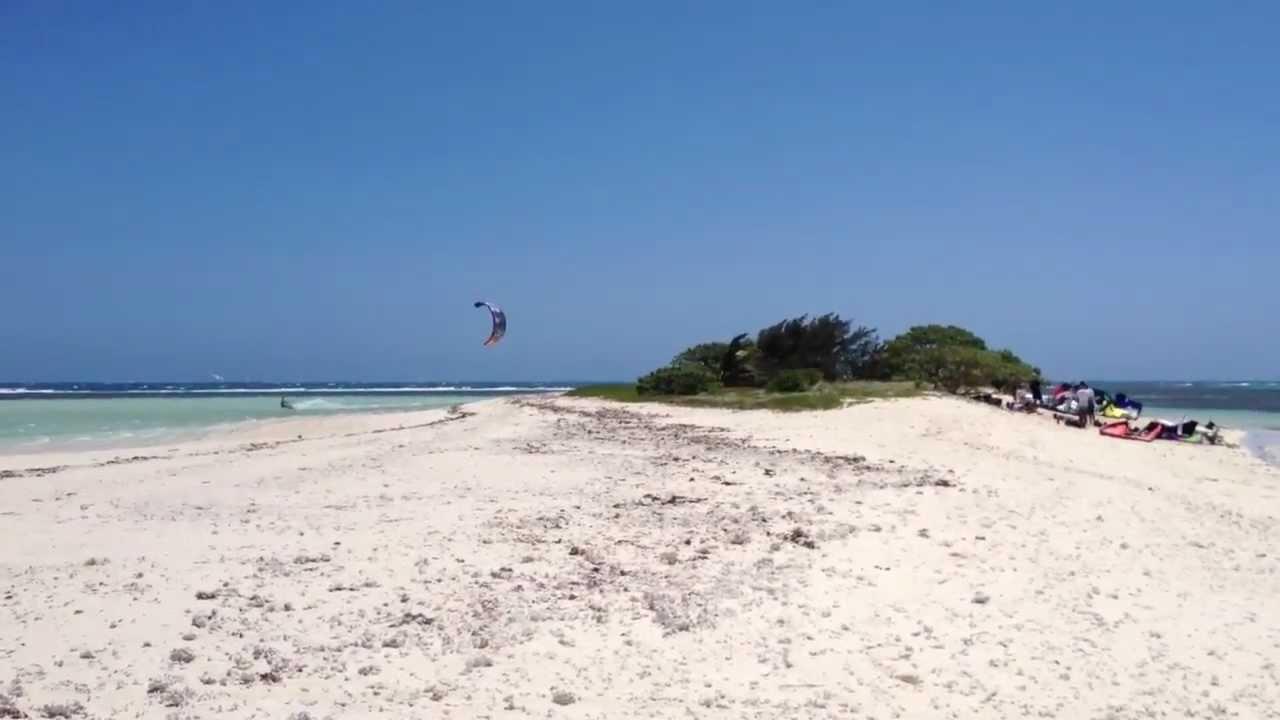 Sauter une île en kitesurf