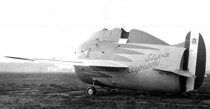 stipa-caproni-avion-italie-06