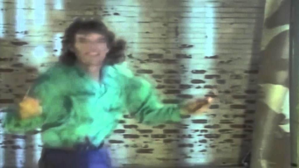 David Bowie & Mick Jagger – Dancing In The Street ( Sans musique )
