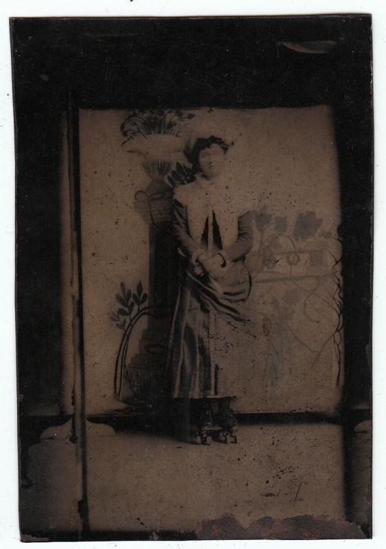 femme-patin-roulette-ancien