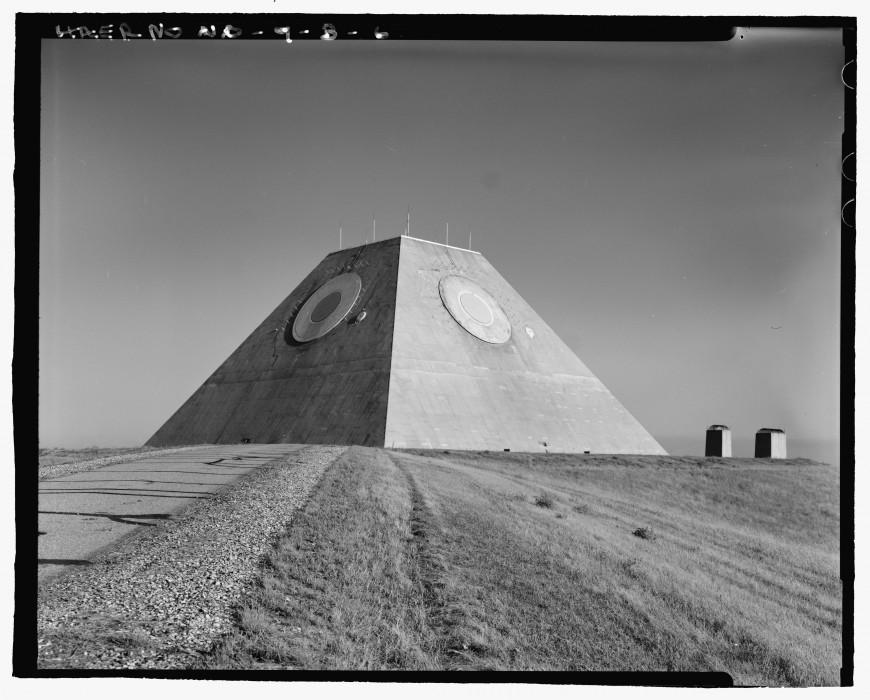 pyramide-dakota-nucleaire-05