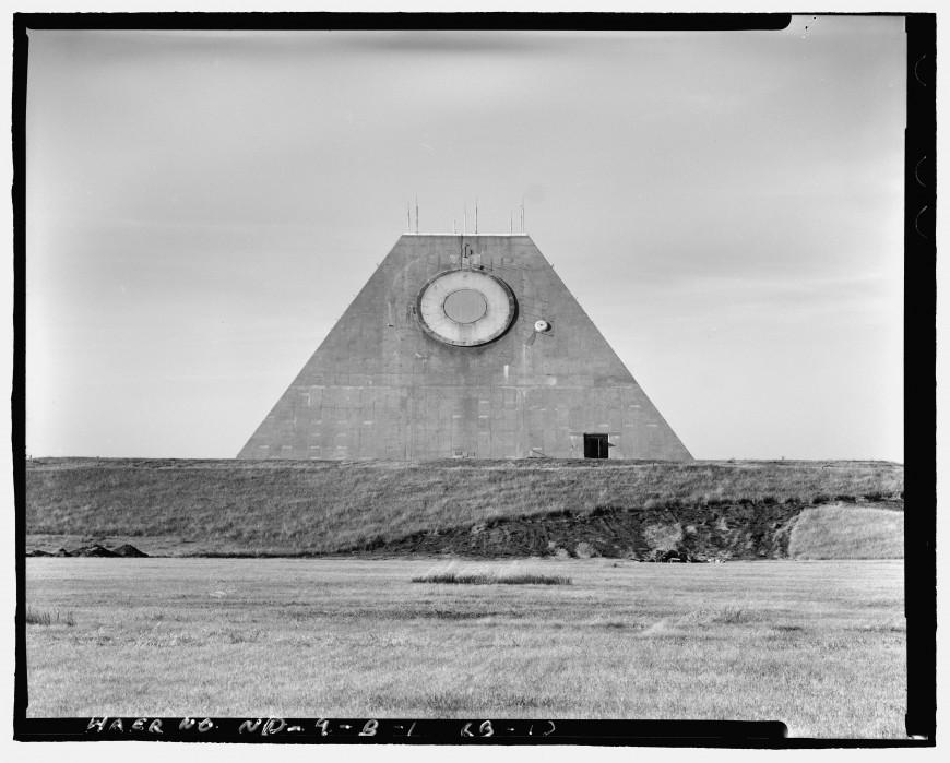 pyramide-dakota-nucleaire-08