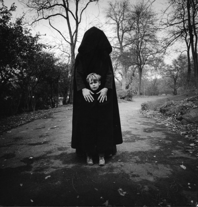 Des cauchemars d 39 enfants photographi s dans les ann es 60 - Photo noir et blanc enfant ...