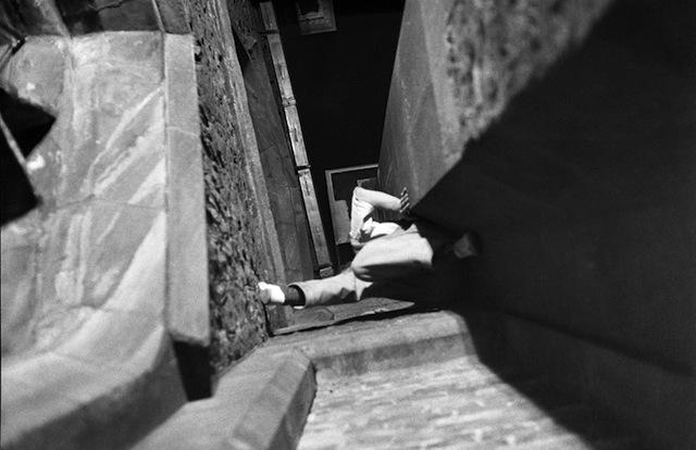 exploration-urbaine-ancienne-cambridge-nuit-etudiant-03