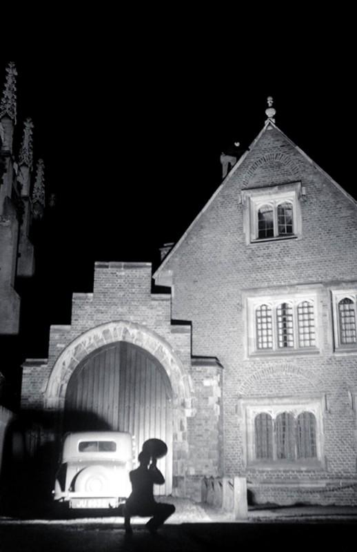 exploration-urbaine-ancienne-cambridge-nuit-etudiant-11