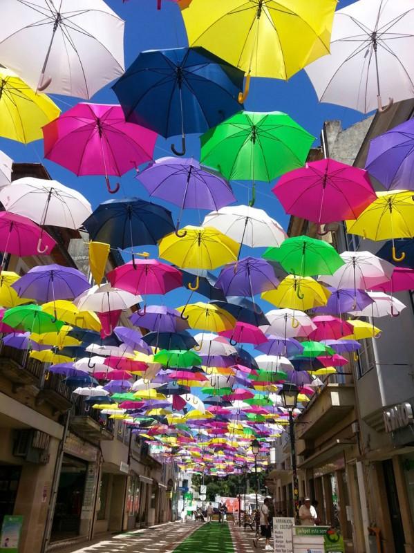 parapluie-ombre-rue-portugal-festival-01