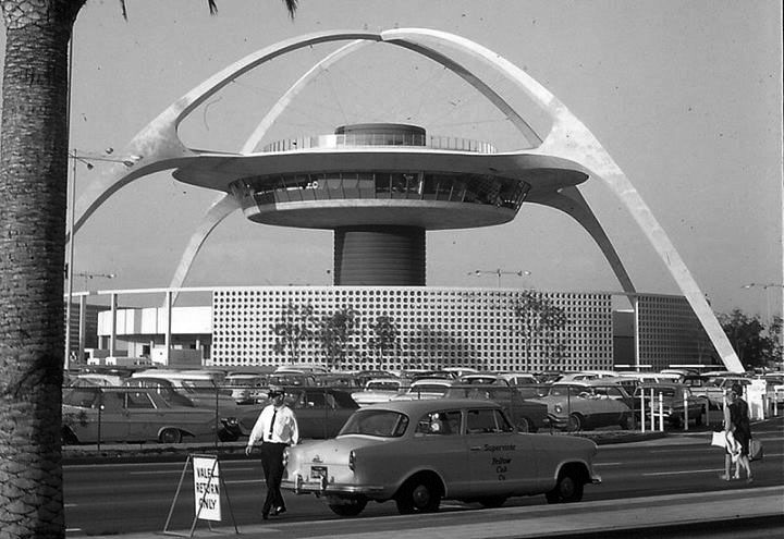theme-building-aeroport-los-angeles-vintage-01