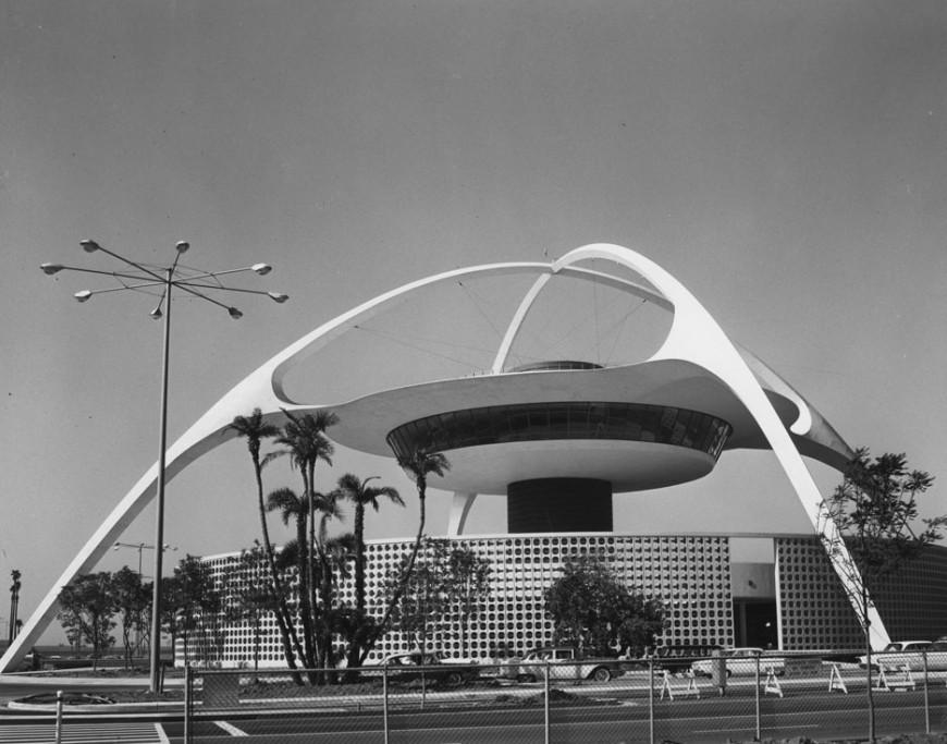 theme-building-aeroport-los-angeles-vintage-03