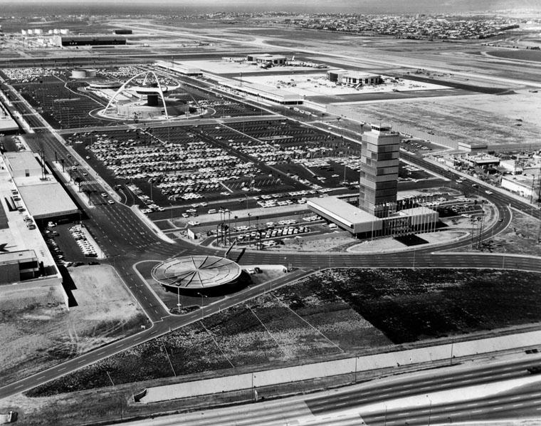 theme-building-aeroport-los-angeles-vintage-05