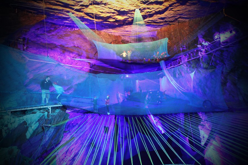 trampoline-grotte-ecosse-01