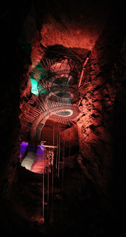 trampoline-grotte-ecosse-04