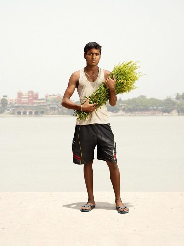 vendeur-fleur-india-marche-ghat-homme-06
