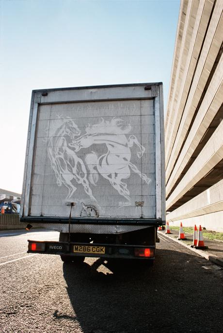 ben-long-art-camion-moche-02