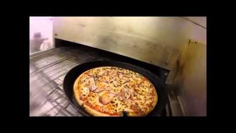 La vie répétitive d'une pince à pizza