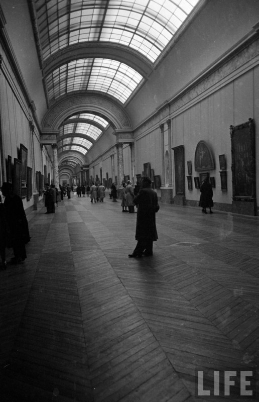 Louvre-Musee-1953-30