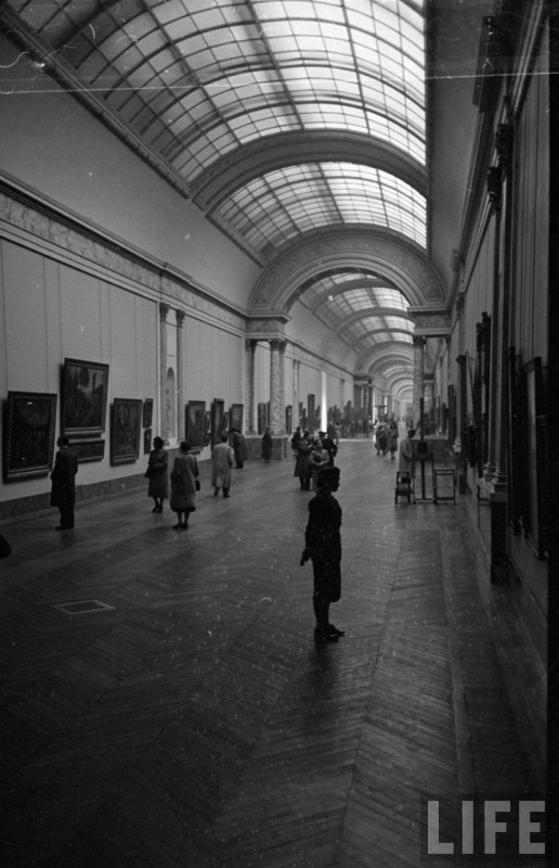 Louvre-Musee-1953-32