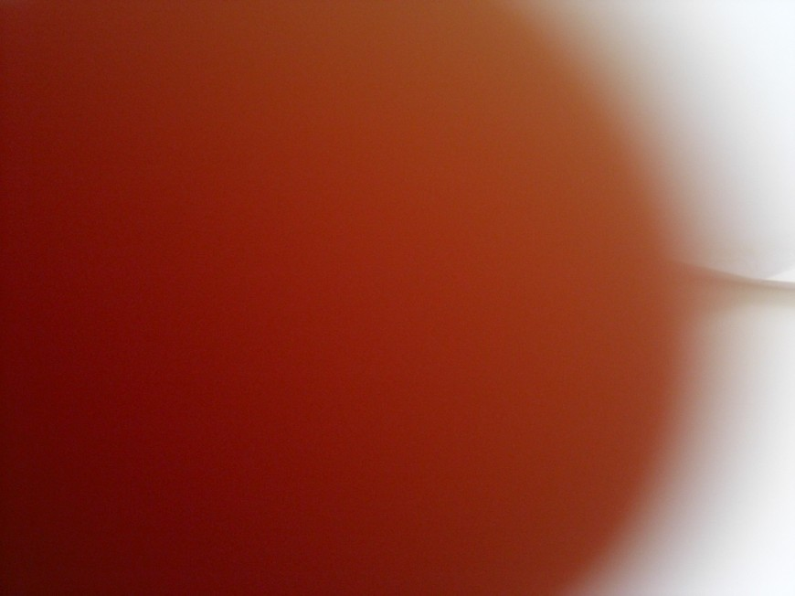 attaque-doigt-geant-photo-loupe-11