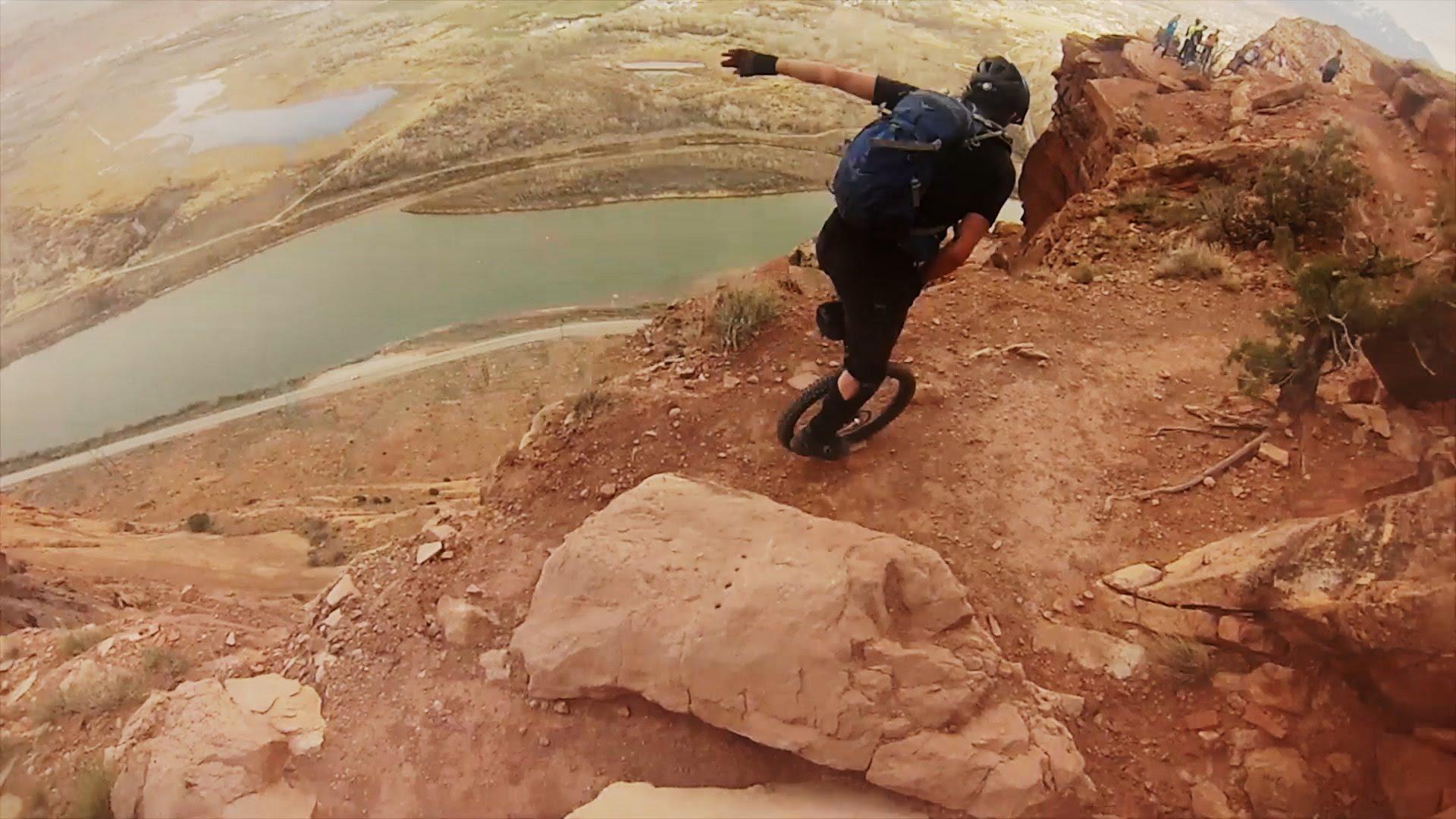 Du monocycle dans un canyon